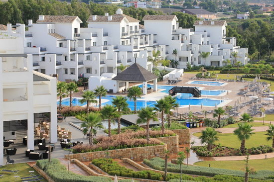 Hotel Fuerte Estepona: vu de l'hotel