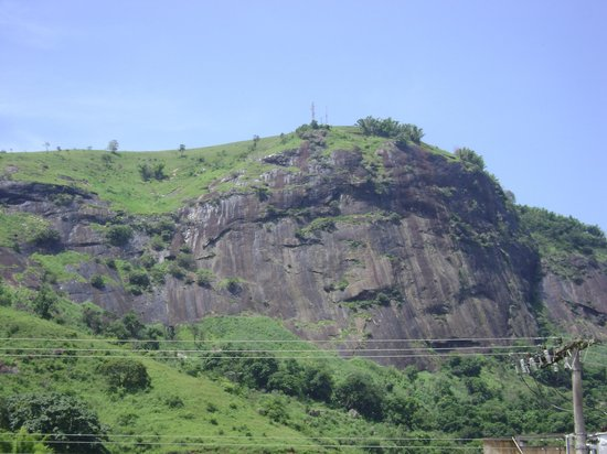 Leopoldina, MG: Morro do Cruzeiro