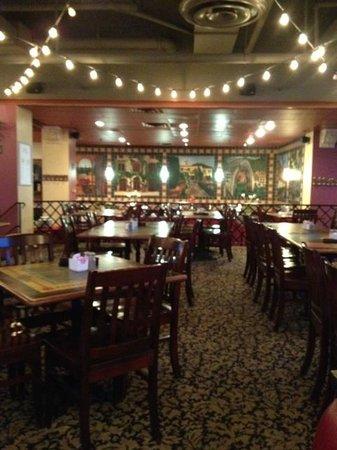 Graffiti's Italian Eatery & Saloon