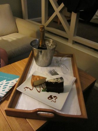 The Bay Hotel: a nice surprise of cake and champagne left in our room