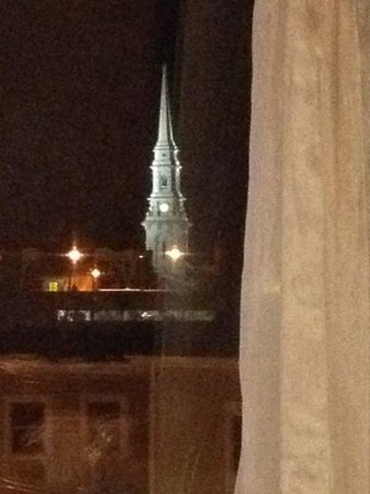 Sheraton Portsmouth Harborside Hotel: Our night view of the church that looked like a postcard.