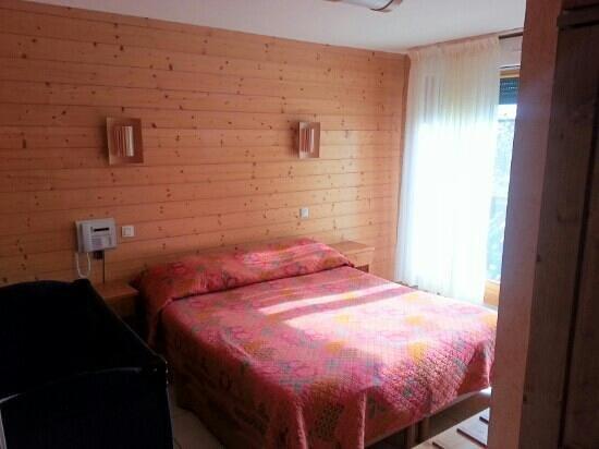 """Hotel La Maison d'Hotes: chambre familial """"partie adulte"""""""