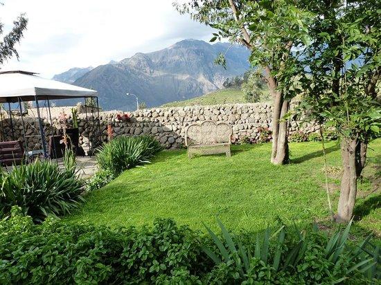 La Casa de Santiago: View to the andes range and Colca Canyon