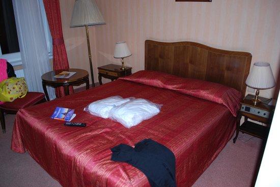 Danubius Grand Hotel Margitsziget: stanza matrim.