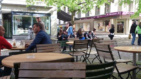 TM Cafe Talkwine: café - rue de Romont