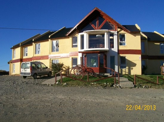 Fuerte Calafate: Front view of hotel