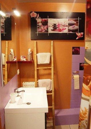Hotel Le Normandie : Chambres avec Salles de Bain