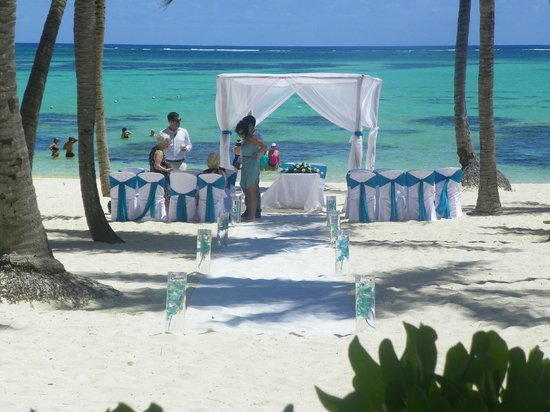 Barcelo Bavaro Palace: getting ready for a wedding