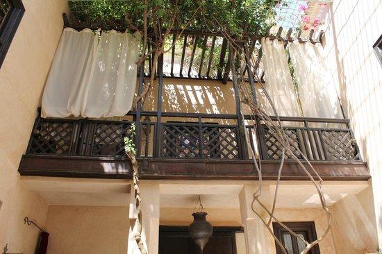 Dar Nadir: Notre chambre avec balcon