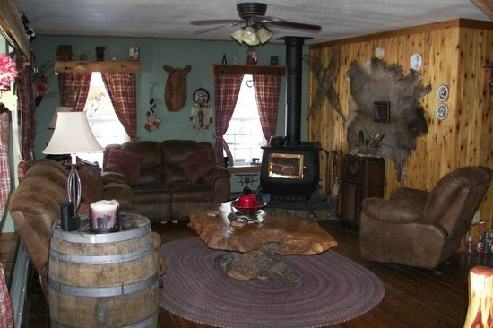 Blonde Bear Bed And Breakfast : Great Room