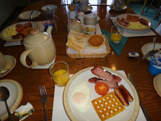 Rinneen Country Home: Irish breakfast!!