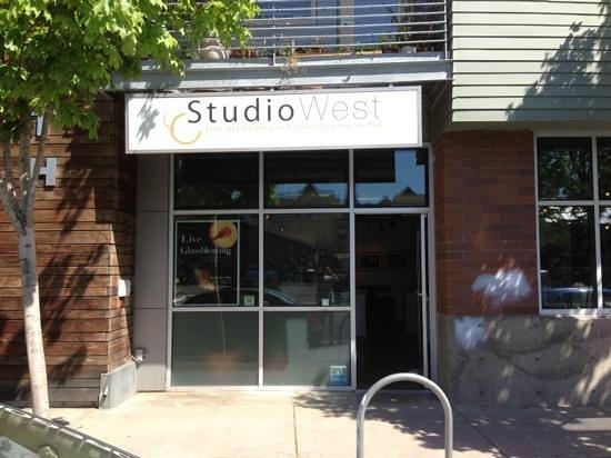 Studio West Glassblowing Studio and Gallery : studio facade