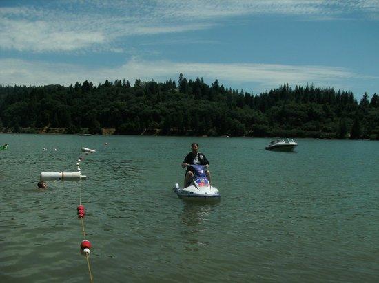 Colfax, Kalifornia: Jet Skiing