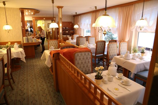 Wellnesshotel Germania: Dining rooms