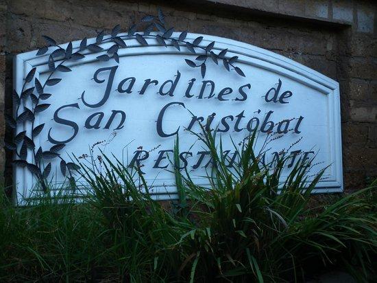 Restaurante Jardines De San Cristobal: Ingresso