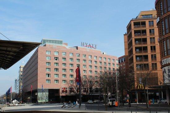 Grand Hyatt Berlin: Exterior
