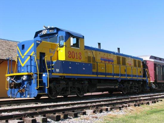 Grapevine Vintage Railroad: Substitute engine