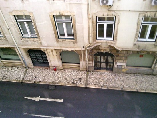 Yes! Lisbon Hostel : view from my room