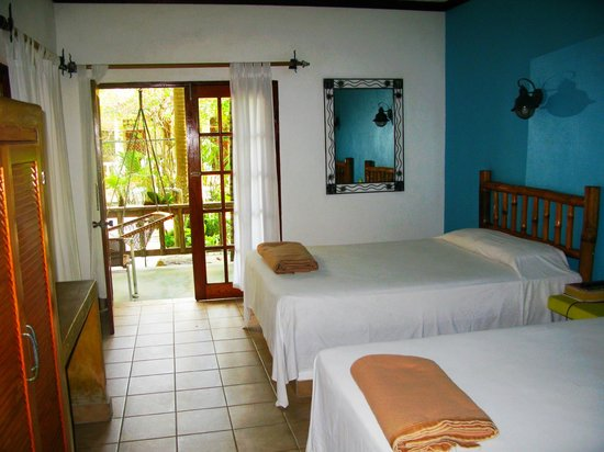 Kuyaba Hotel & Restaurant - Negril: Deluxe Room
