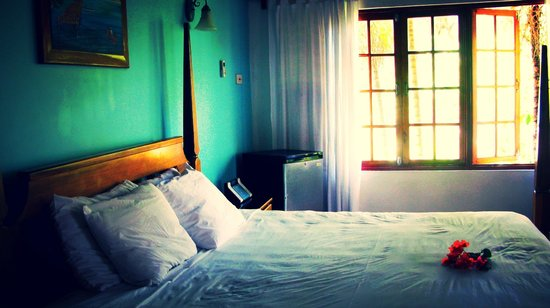 Kuyaba Hotel & Restaurant - Negril: Honeymoon Room: Couple's Retreat