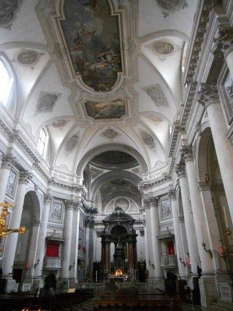 Chiesa dei Gesuati o Santa Maria del Rosario: The spectacular ceiling frescos