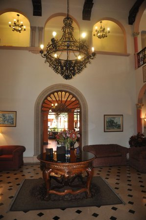 The Clifford Hotel: Lobby, looking toward dining room.
