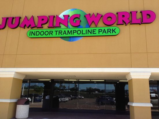 Jumping world usa