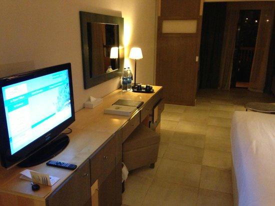 Coral Sea Aqua Club Resort: in the room