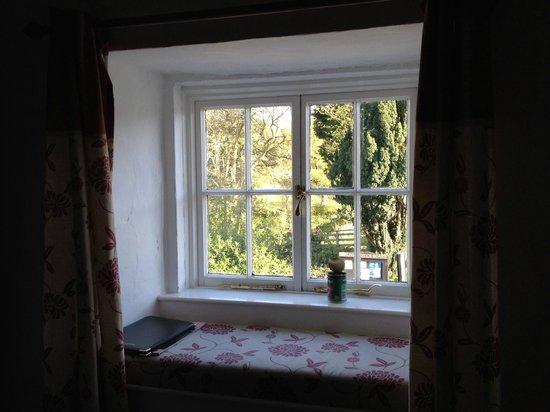 The Santon Bridge Inn: Our room (pet friendly)