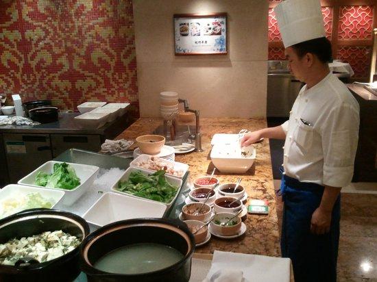 Zhejiang Narada Grand Hotel: Desayuno muy variado