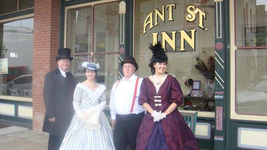 Ant Street Inn: Historical reenactment for school children