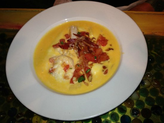 Clementine Cafe: shrimp 'n grits