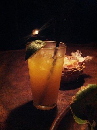 Playa de los Artistas: Mango juice!