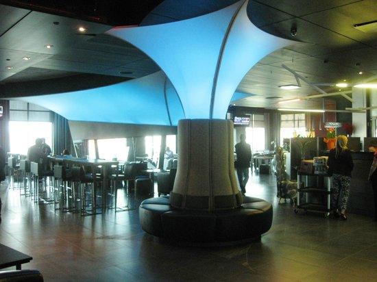 Grand Times Hotel Sherbrooke: Lobby