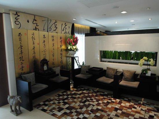 Aqua Bella Hotel: Hotel lounge area
