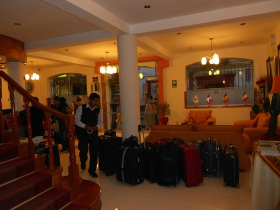 Sol Plaza Hotel Puno: Hotel Lobby