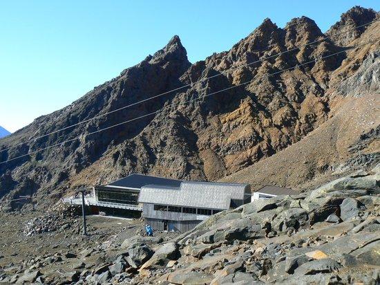 Mt Ruapehu: Knoll Ridge Cafe and Pinnacles