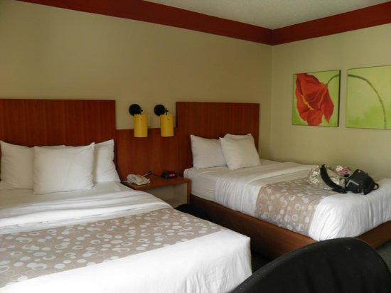 La Quinta Inn & Suites New Orleans Downtown: Room