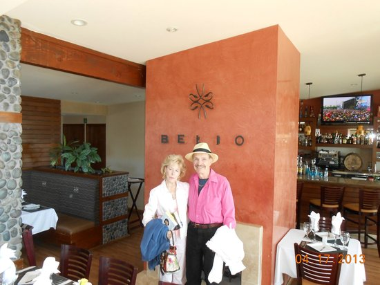 Belio Restaurant : the two of us showing the very well-done inside decor