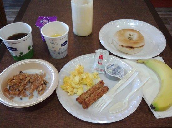 Hampton Inn El Paso-Airport: 価格の割りに充実した朝食