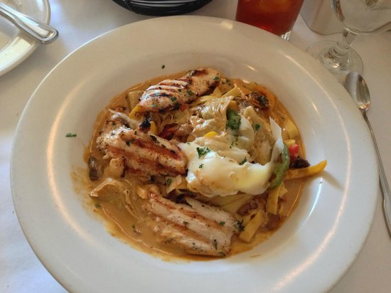 Santacafe : Pasta with grilled chicken special on May 4, 2013