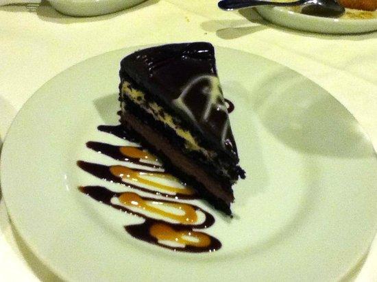 Texas de Brazil: 4 chocolate cake