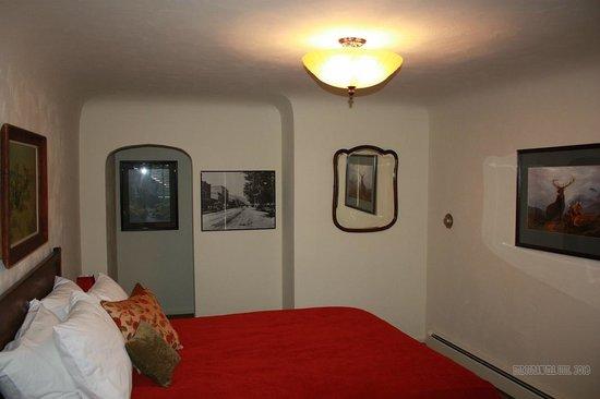 The Maxwell Inn: Room 3