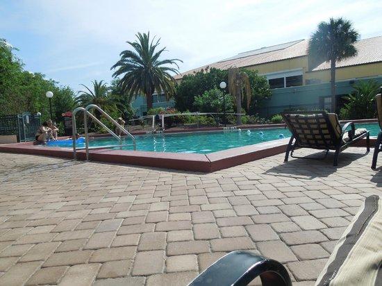 Orlando Metropolitan Resort: Zona de piscina