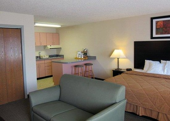 Comfort Inn Saugerties: guest room