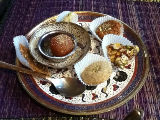 House of Jaipur Indian Tea Room : Sweet Plate