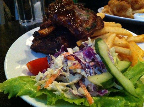 Hilton Queenstown Resort & Spa: Devine BBQ Ribs from Stacks