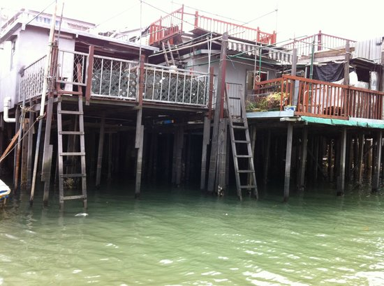 Tai O: some fishermen stilts house through the village river