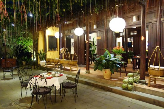The Island Restaurant Hoi AN