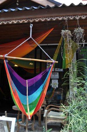 Hammock Cafe Plaeyuan: beautiful handmade hammocks